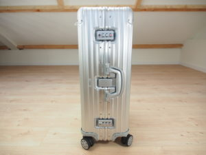 Previous model Rimowa with third latch